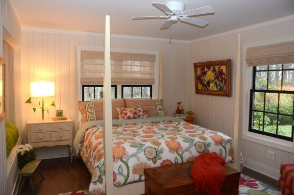 bedroom decorating ideas and designs Remodels Photos Bayberry Cottage South Haven Michigan united states beach-style-bedroom-002