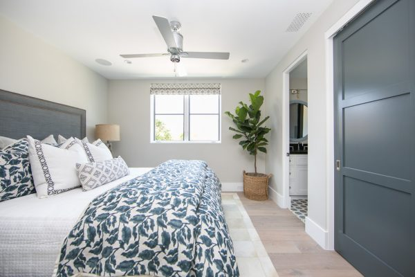 bedroom decorating ideas and designs Remodels Photos Brooke Wagner Design Corona del Mar, Newport Beach California United States beach-style-bedroom-012