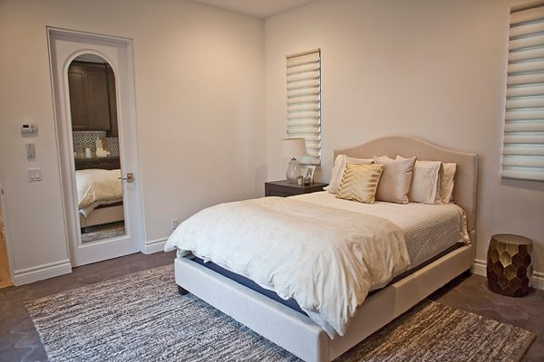 bedroom decorating ideas and designs Remodels Photos Bungalow 56 Interiors Coronado California United States transitional-bedroom