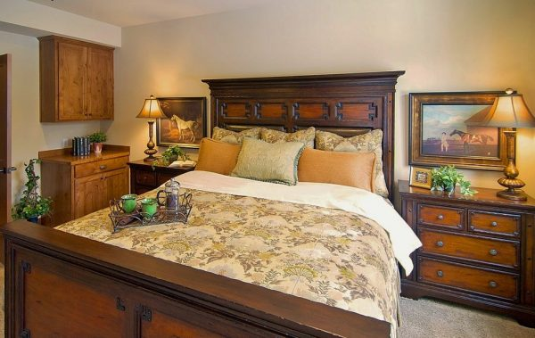 bedroom decorating ideas and designs Remodels Photos Calista Interiors Seattle Washington United States traditional-bedroom-002