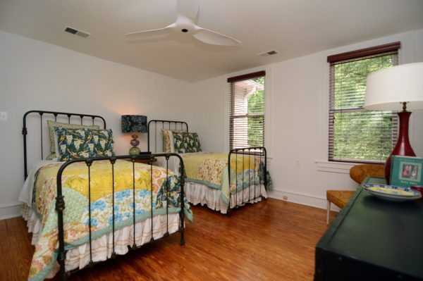 bedroom decorating ideas and designs Remodels Photos Case Design Remodeling, Inc.BethesdaMaryland United States traditional-bedroom-002