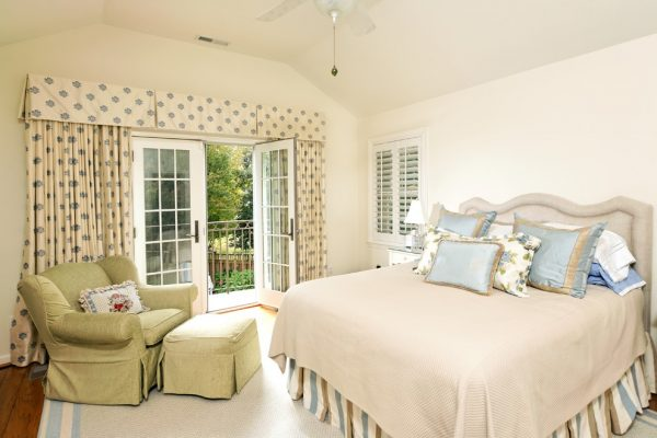 bedroom decorating ideas and designs Remodels Photos Case Design Remodeling, Inc.BethesdaMaryland United States traditional-bedroom-006