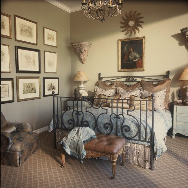 bedroom decorating ideas and designs Remodels Photos Chambers Interiors & Associates, Inc.Dallas Texas united states traditional-bedroom-003