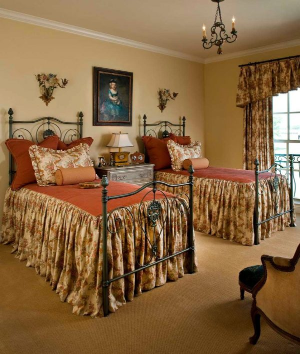 bedroom decorating ideas and designs Remodels Photos Chambers Interiors & Associates, Inc.Dallas Texas united states traditional-bedroom-006