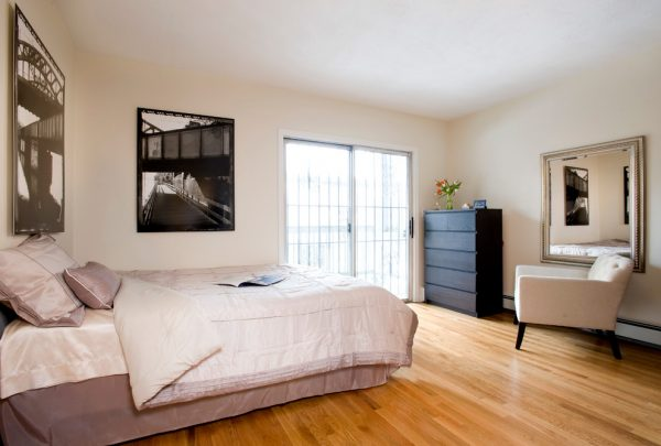 bedroom decorating ideas and designs Remodels Photos Charlie Allen Renovations, Inc. Cambridge Massachusetts United States contemporary-bedroom