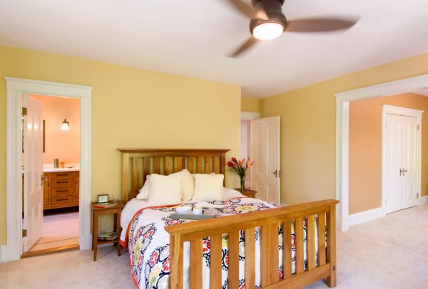 bedroom decorating ideas and designs Remodels Photos Charlie Allen Renovations, Inc. Cambridge Massachusetts United States traditional-bedroom
