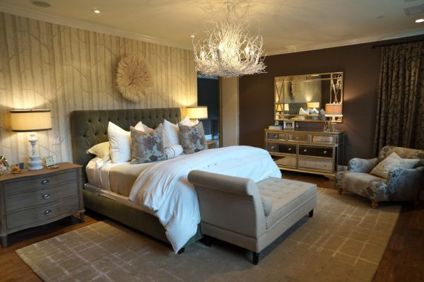 bedroom decorating ideas and designs Remodels Photos Chelsea Pineda Interiors Calabasas California United States traditional-bedroom-003