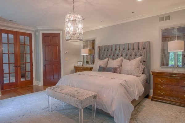 bedroom decorating ideas and designs Remodels Photos DesignArt Memphis by Leslie Cetingok Memphis Tennessee United States bedroom-004