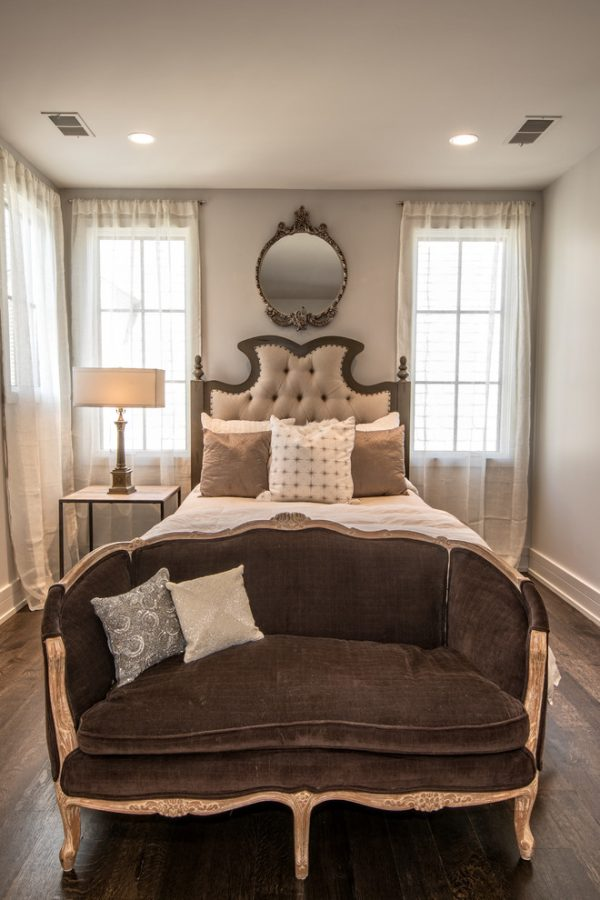 bedroom decorating ideas and designs Remodels Photos DesignArt Memphis by Leslie Cetingok Memphis Tennessee United States traditional-bedroom