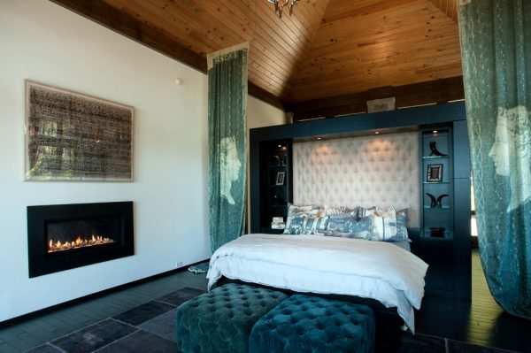 bedroom decorating ideas and designs Remodels Photos Dianne Davant and Associates Banner Elk North Carolina United States contemporary-bedroom