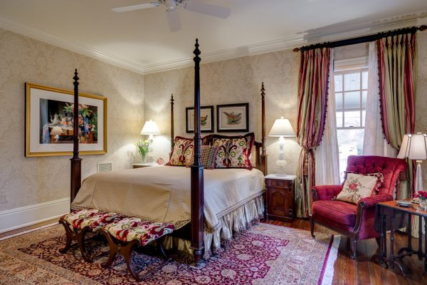 bedroom decorating ideas and designs Remodels Photos Dianne Davant and Associates Banner Elk North Carolina United States traditional-bedroom-015