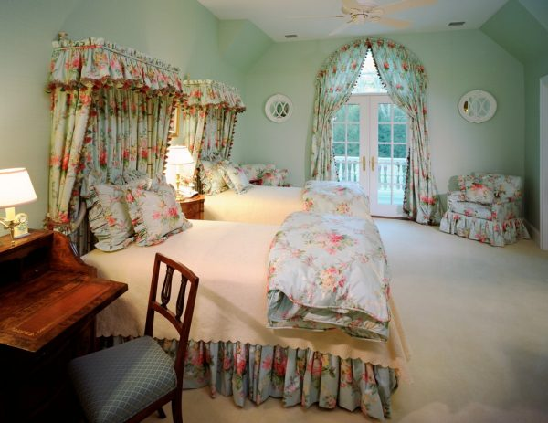 bedroom decorating ideas and designs Remodels Photos E. B. Mahoney Builders, Inc. Bryn Mawr Pennsylvania United States traditional-bedroom1