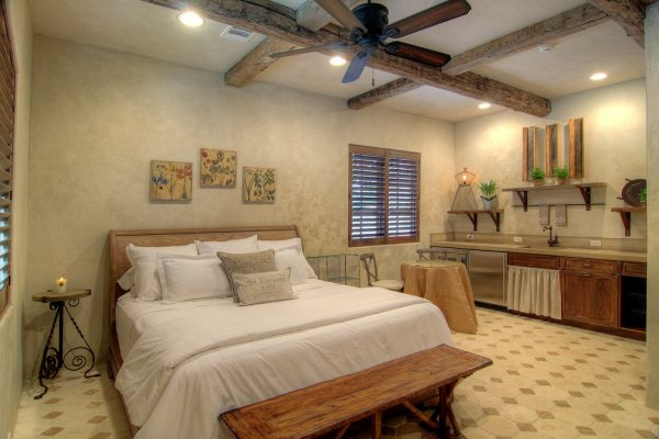 bedroom decorating ideas and designs Remodels Photos Eklektik Interiors Houston Texas united states mediterranean