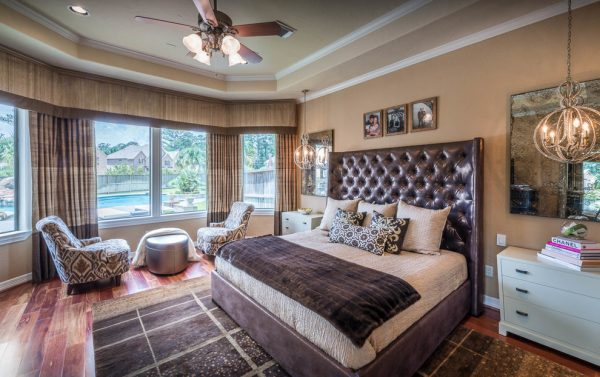bedroom decorating ideas and designs Remodels Photos Eklektik Interiors Houston Texas united states transitional-bedroom