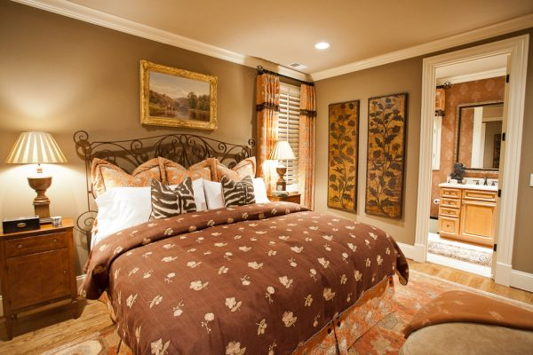 bedroom decorating ideas and designs Remodels Photos Eric Ross Interiors, LLC Franklin Tennessee United States traditional-bedroom-005