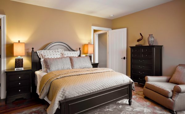 bedroom decorating ideas and designs Remodels Photos Fredman Design Group Chicago Illinois United States traditional-bedroom