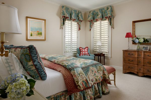 bedroom decorating ideas and designs Remodels Photos GIL WALSH INTERIORS West Palm Beach Florida United States traditional-bedroom