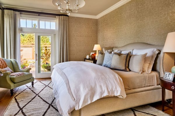 bedroom decorating ideas and designs Remodels Photos Garrison Hullinger Interior Design Inc Portland Oregon United States traditional-bedroom-005