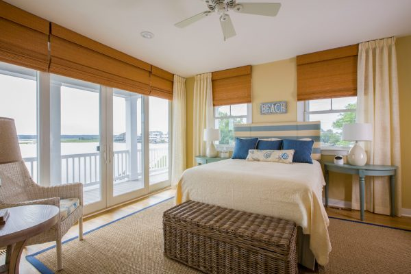 bedroom decorating ideas and designs Remodels Photos Gina Fitzsimmons ASID AnnapolisMaryland United States beach-style-bedroom-004