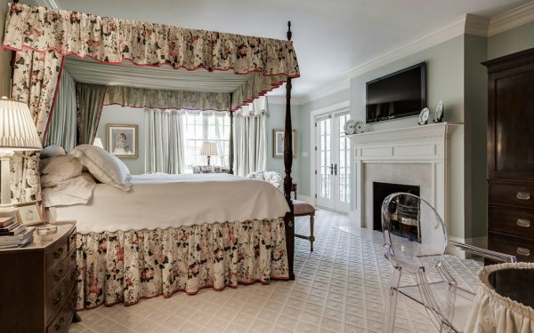 bedroom decorating ideas and designs Remodels Photos Holly Phillips @ The English Room Charlotte  North Carolina United States traditional-bedroom-005