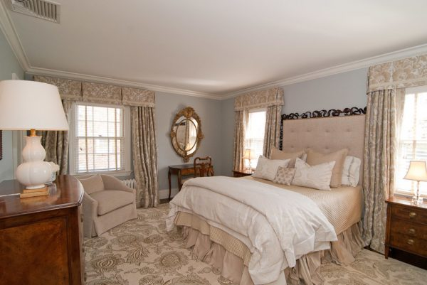 bedroom decorating ideas and designs Remodels Photos Interior Archaeology Agoura Hills California United States traditional-bedroom-002
