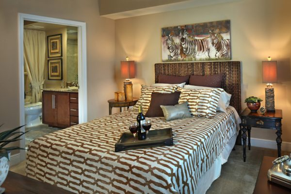 bedroom decorating ideas and designs Remodels Photos KDS Interiors, Inc.Tampa Florida united states contemporary-bedroom-001