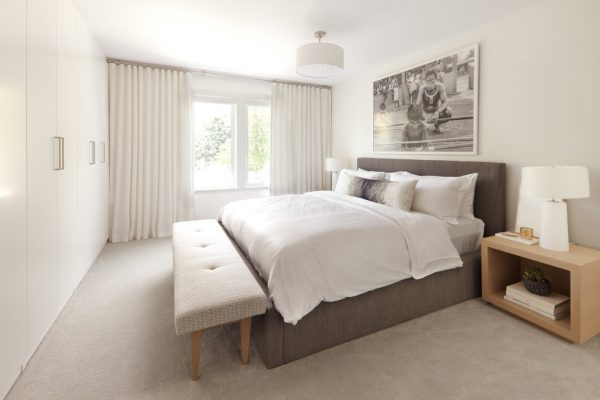 bedroom decorating ideas and designs Remodels Photos Kelly Deck Design Vancouver British Columbia, Canada contemporary-bedroom-003