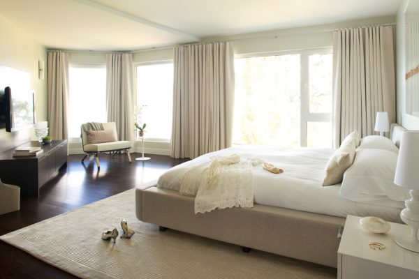 bedroom decorating ideas and designs Remodels Photos Kelly Deck Design Vancouver British Columbia, Canada contemporary-bedroom-006