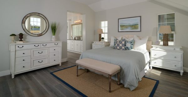 bedroom decorating ideas and designs Remodels Photos Kerrie L. Kelly Sacramento California United States beach-style