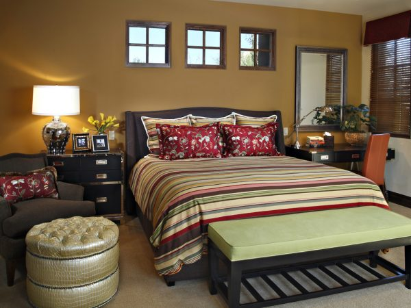 bedroom decorating ideas and designs Remodels Photos Linda Seeger Interior Design Scottsdale Arizona united states contemporary-bedroom-005