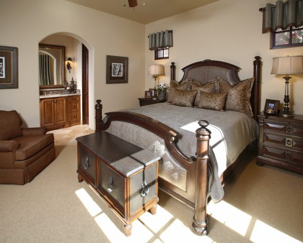 bedroom decorating ideas and designs Remodels Photos Linda Seeger Interior Design Scottsdale Arizona united states traditional-bedroom-003
