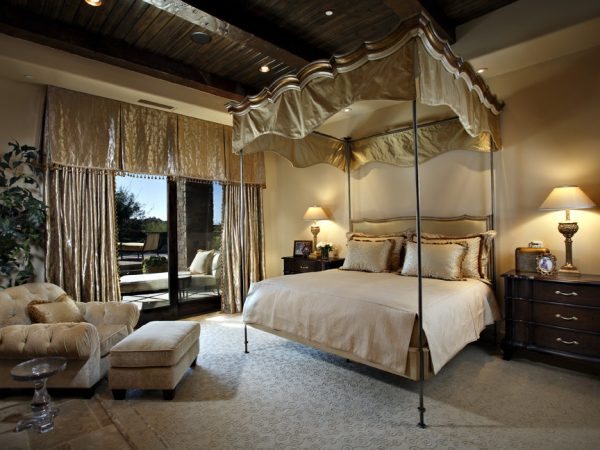 bedroom decorating ideas and designs Remodels Photos Linda Seeger Interior Design Scottsdale Arizona united states traditional-bedroom-006