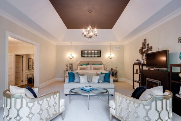 bedroom decorating ideas and designs Remodels Photos Lionsgate Design Mississauga Ontario, Canada contemporary-bedroom