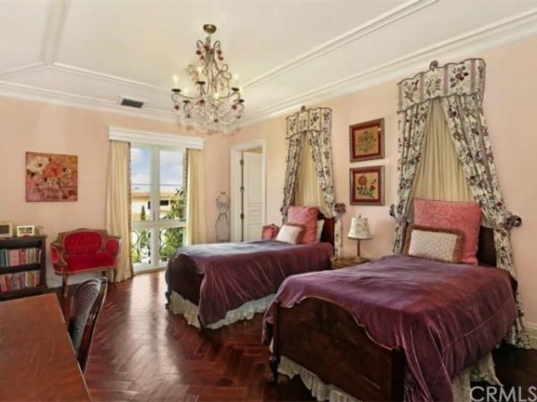 bedroom decorating ideas and designs Remodels Photos Lori Dennis, ASID, LEED AP Los Angeles California United States traditional-bedroom-007