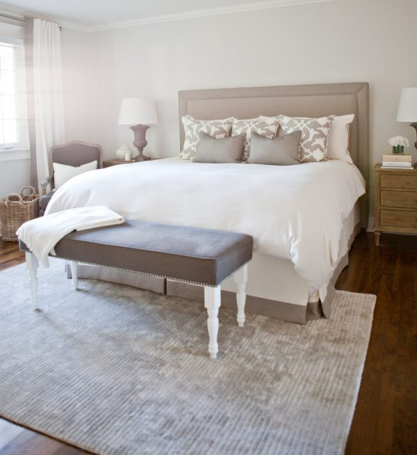 bedroom decorating ideas and designs Remodels Photos Lux Décor Lux Décor Québec Canada traditional-bedroom-004