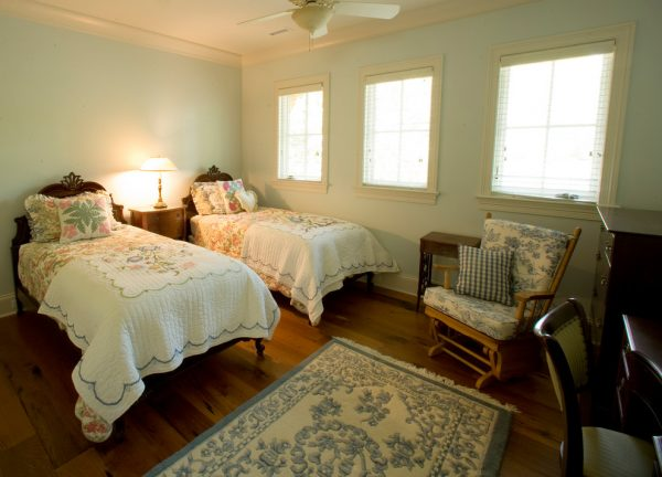 bedroom decorating ideas and designs Remodels Photos Marcelle Guilbeau, Interior Designer Nashville Tennessee United States traditional-bedroom-006