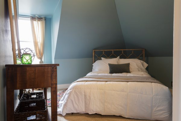 bedroom decorating ideas and designs Remodels Photos Marilyn Kimberly Hill, Interior Designer Nashville Tennessee eclectic-bedroom-004