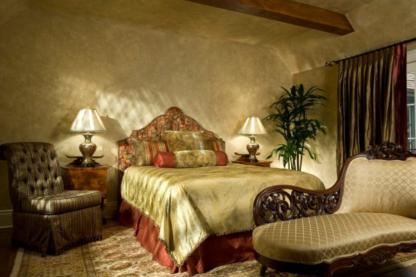 bedroom decorating ideas and designs Remodels Photos Michelle Pheasant Design, Inc. Monterey California United States eclectic-bedroom-001