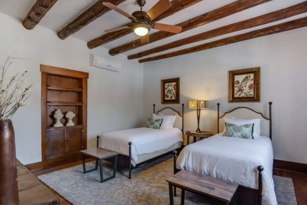 bedroom decorating ideas and designs Remodels Photos Samuel Design Group Santa Fe New Mexico United States southwestern-bedroom-006