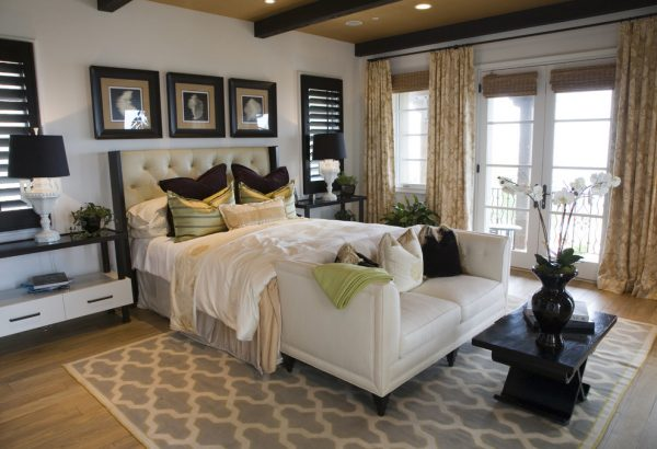 bedroom decorating ideas and designs Remodels Photos Susan Sutherlin Designs San Diego California United States transitional-bedroom