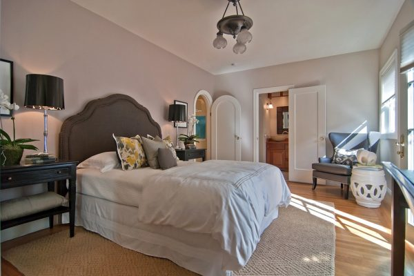 bedroom decorating ideas and designs Remodels Photos Tamara Mack Design San Francisco California United States contemporary-bedroom-001