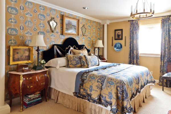 bedroom decorating ideas and designs Remodels Photos Todd Richesin Knoxville Tennessee United States mediterranean-bedroom-002