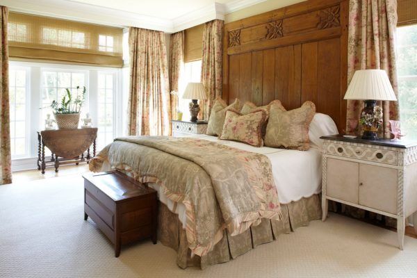 bedroom decorating ideas and designs Remodels Photos Todd Richesin Knoxville Tennessee United States traditional-bedroom-010