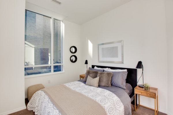 bedroom decorating ideas and designs Remodels Photos Toronto Condo Staging and Design Inc. Pickering  Ontario, Canada contemporary-bedroom-005