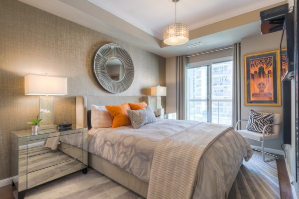 bedroom decorating ideas and designs Remodels Photos Toronto Condo Staging and Design Inc. Pickering  Ontario, Canada contemporary-bedroom-007