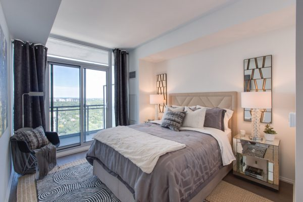 bedroom decorating ideas and designs Remodels Photos Toronto Condo Staging and Design Inc. Pickering  Ontario, Canada modern-bedroom