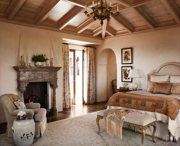 bedroom decorating ideas and designs Remodels Photos Tucker & Marks San Francisco California united states mediterranean-bedroom