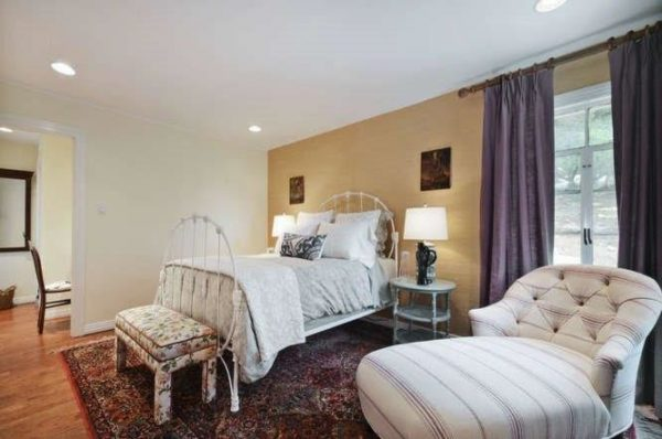 bedroom decorating ideas and designs Remodels Photos Turnstyle Design Austin Texas united states transitional-bedroom