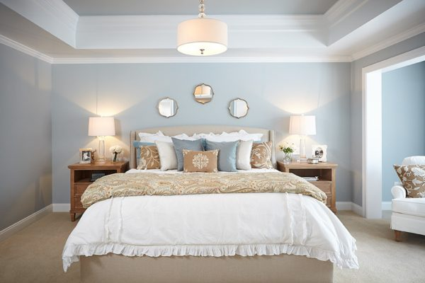 bedroom decorating ideas and designs Remodels Photos Villa Décor East Grand Rapids Michigan united states traditional-bedroom