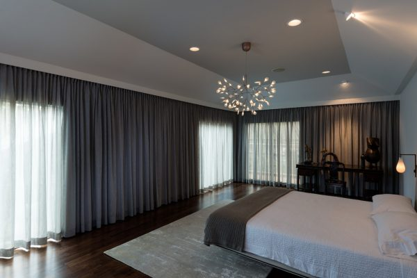 bedroom decorating ideas and designs Remodels Photos gindesignsgroup Houston City in Texas United States contemporary-bedroom